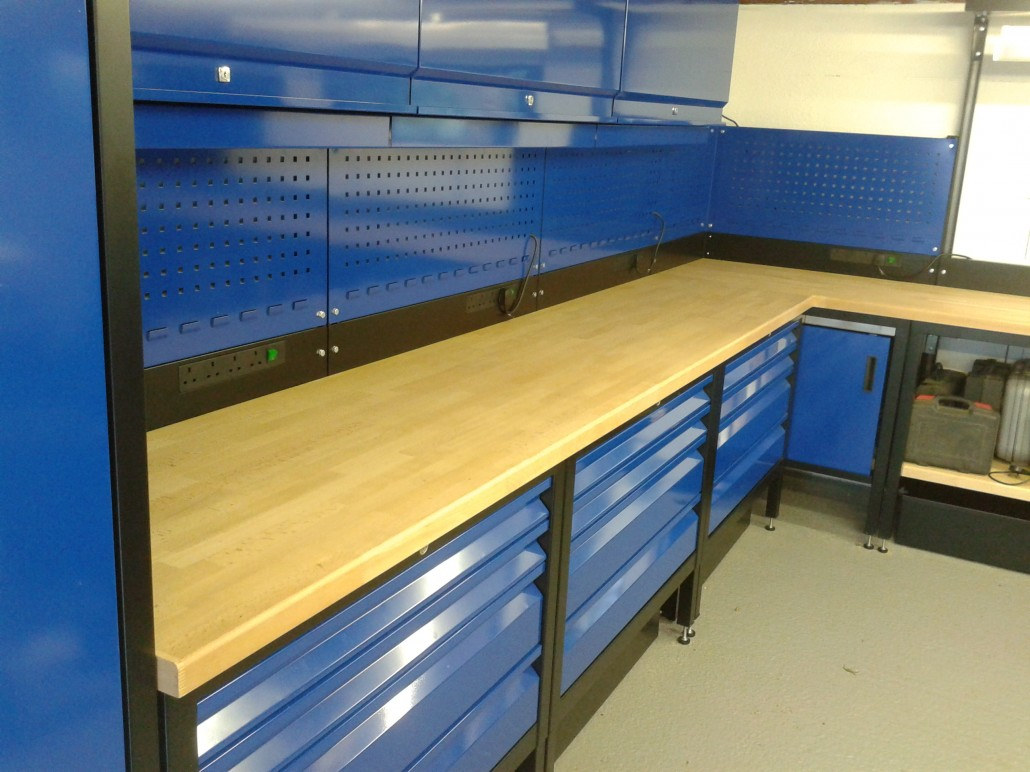paf systems | custom fitted garage workshop benches
